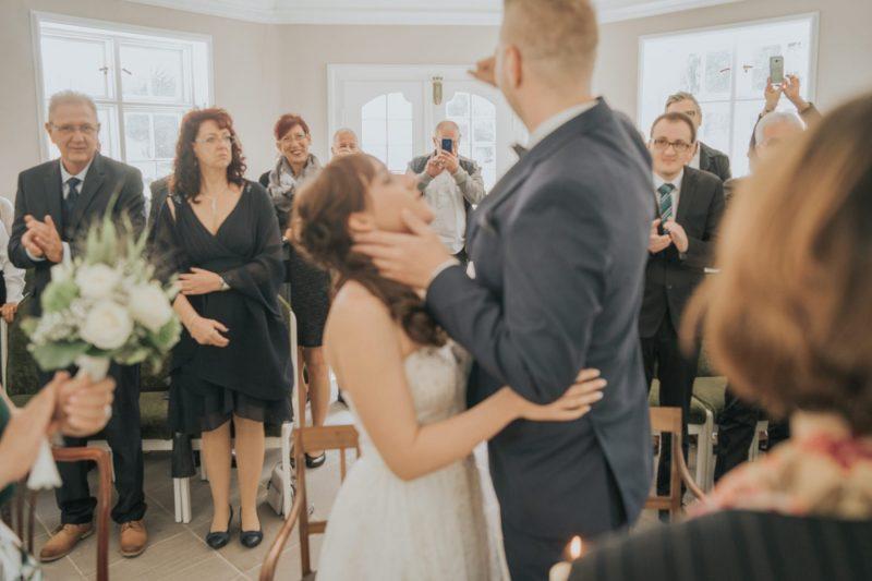 Lara-Dominik-www.yourweddingmoment.de-055-scaled
