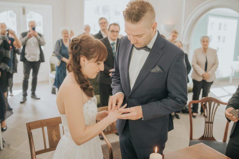 Lara-Dominik-www.yourweddingmoment.de-056-scaled
