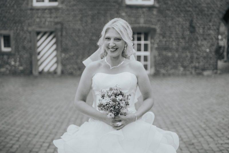 Manuela-Maik-www.yourweddingmoment.de_402-scaled