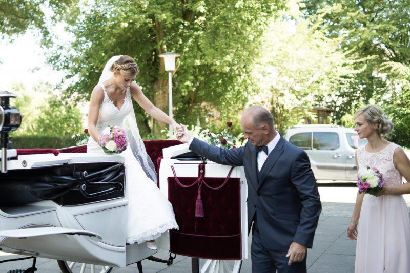 Nadine-Dennis-www.yourweddingmoment.de_066-scaled